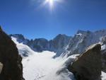 Peak Boks sırtından Ak-Sai buzulu